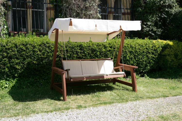Meranti dondolo 3posti deluxe con cuscini lauro for Offerte articoli da giardino