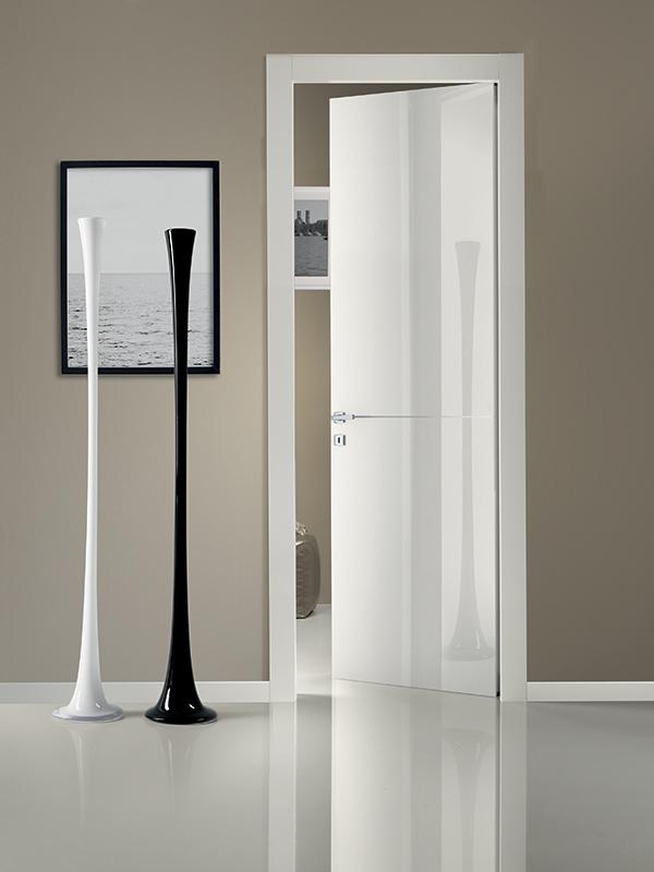 Collezione lucida modello r1i lauro companylauro - Altezza maniglia porta ...